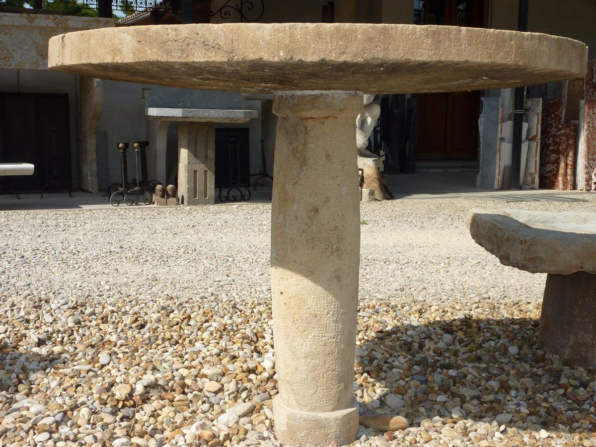 table de jardin en pierre pierre xviiie s dj 102. Black Bedroom Furniture Sets. Home Design Ideas