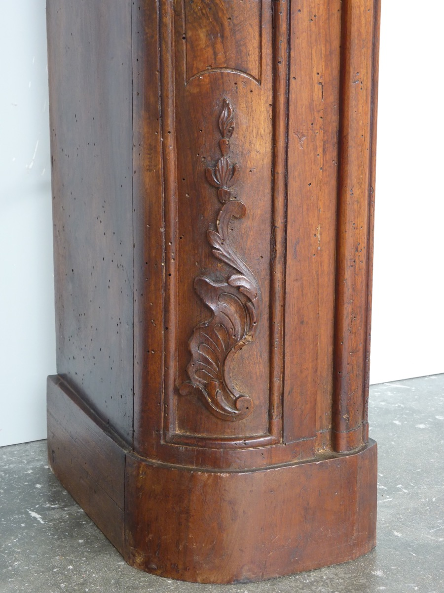 chemin e ancienne bois louis xv xviiie s c 1047. Black Bedroom Furniture Sets. Home Design Ideas