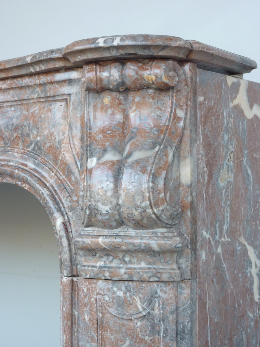 Antique fireplace  - Marble - Louis XV - XVIII<sup>th</sup> C.