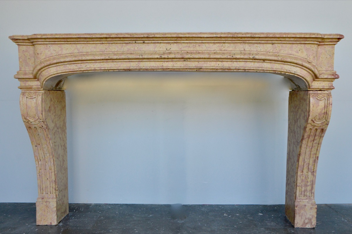 Antique fireplace  - Stone - Louis XIV - XVIIIth C.