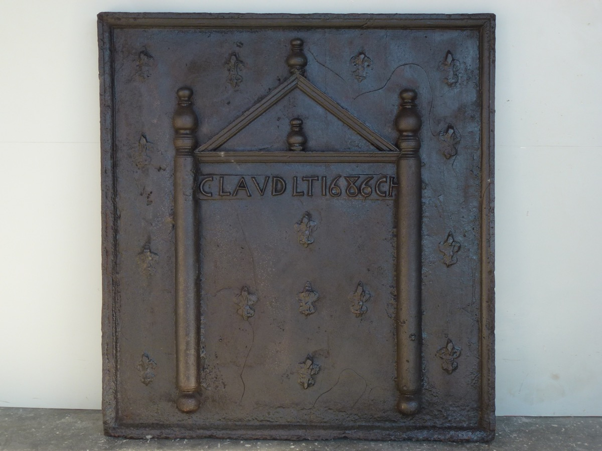 Antique fireback, Cast iron fire-back  - Cast iron - Louis XVI - XVIIth C.