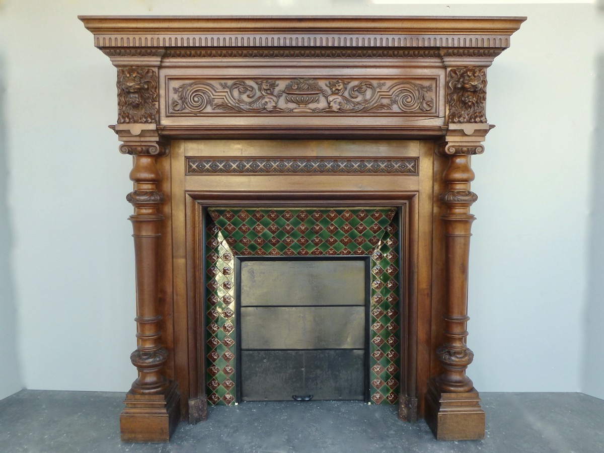 Antique fireplace  - Wood - Gothic Revival - XIXthC.