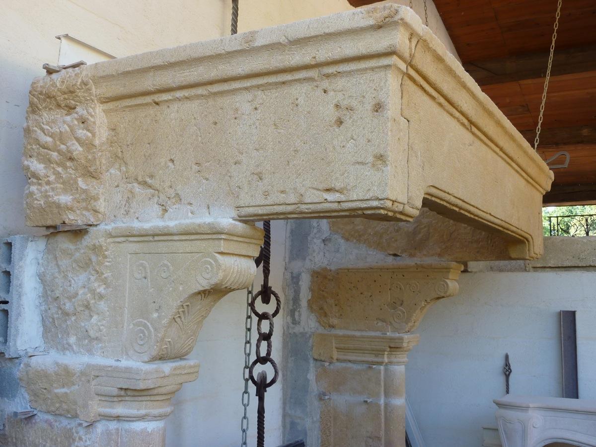 chemin e ancienne pierre renaissance xvie s c 136. Black Bedroom Furniture Sets. Home Design Ideas