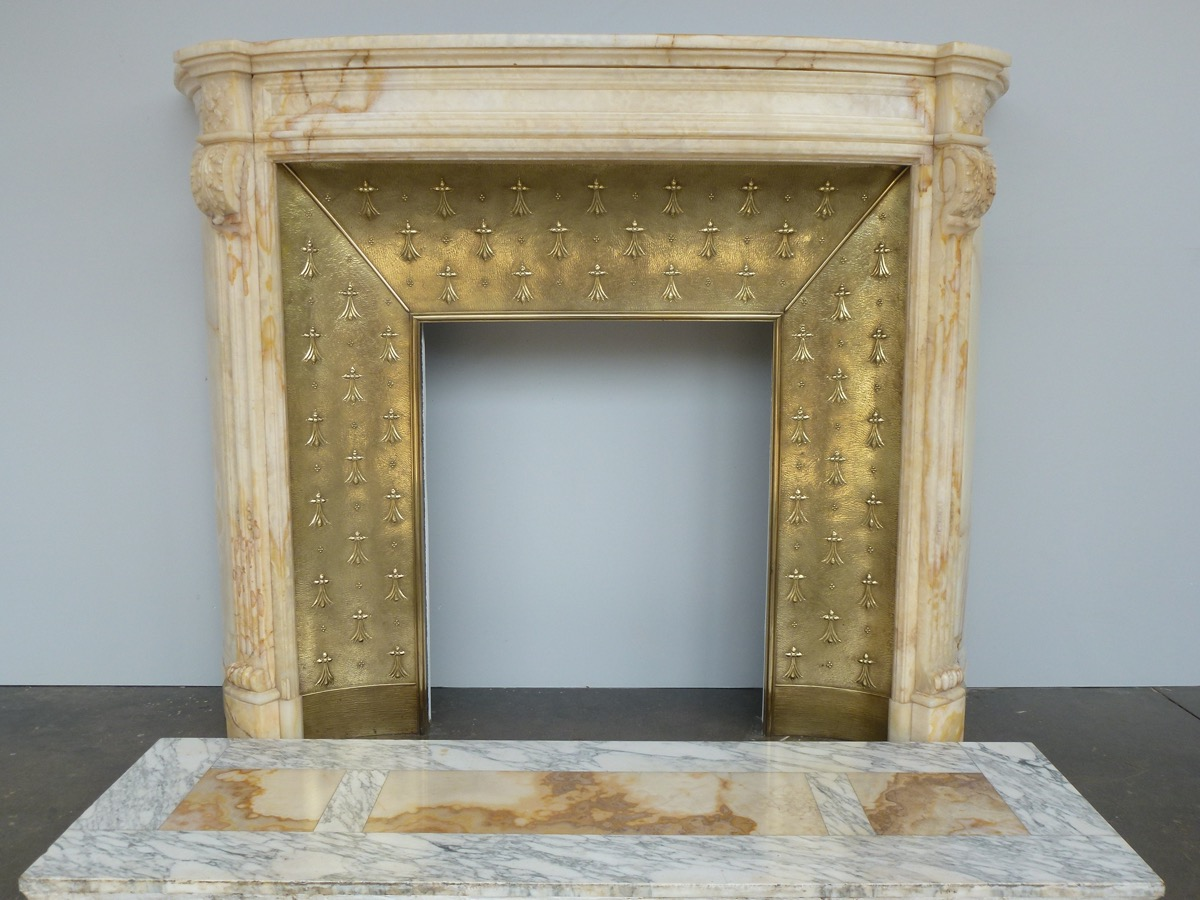 Antique fireplace  - Marble - Louis XVI - XXthC.