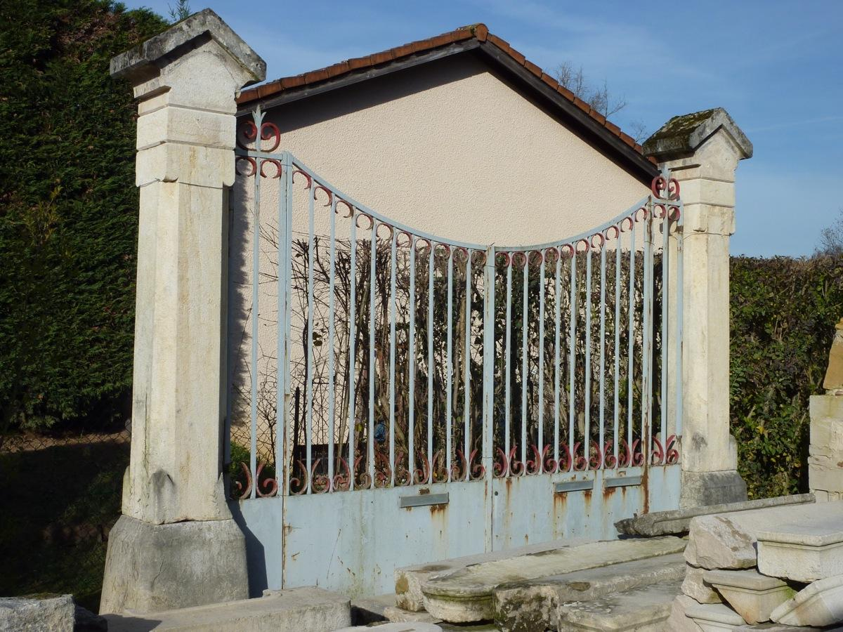 Portail ancien piliers en pierre pierre et fer forg xixe s pf 367 - Pilier de portail en pierre ancien ...