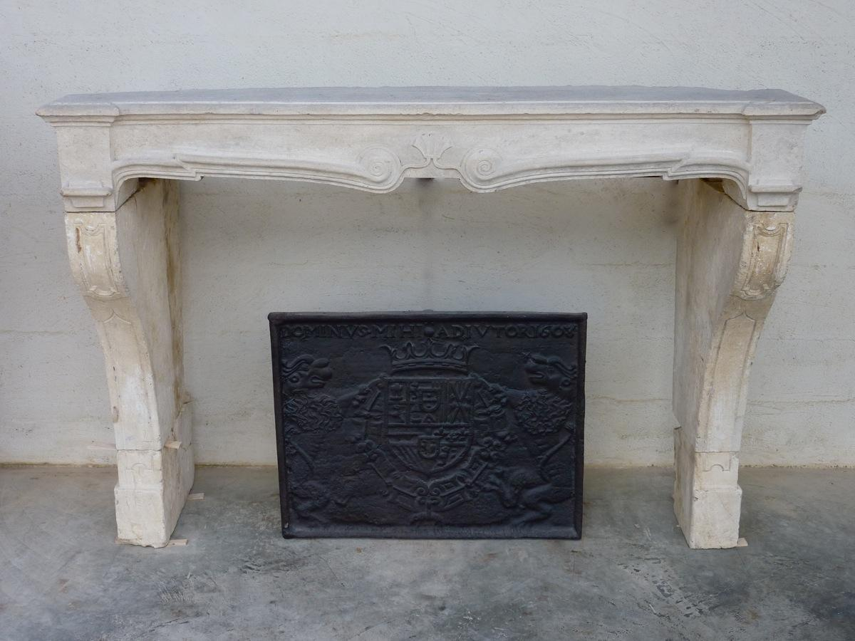 Antique fireplace  - Stone - Louis XIV - XVIIthC.