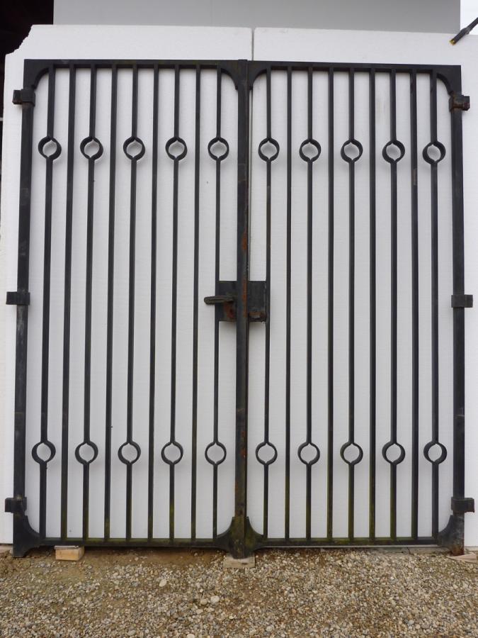 Grille fer forg fer forg art nouveau xixe s pf 589 for Oeil de boeuf porte