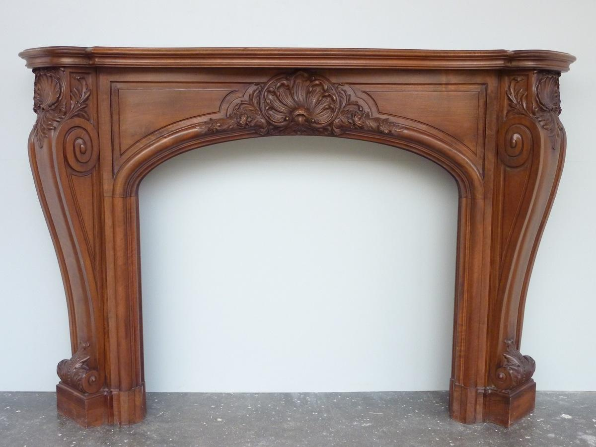 Antique fireplace  - Wood - Art nouveau - XXthC.