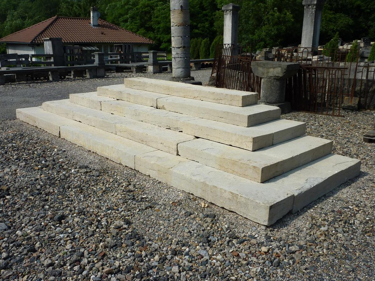 Antique stone stairs antique stone front steps stone for Pictures of stone steps