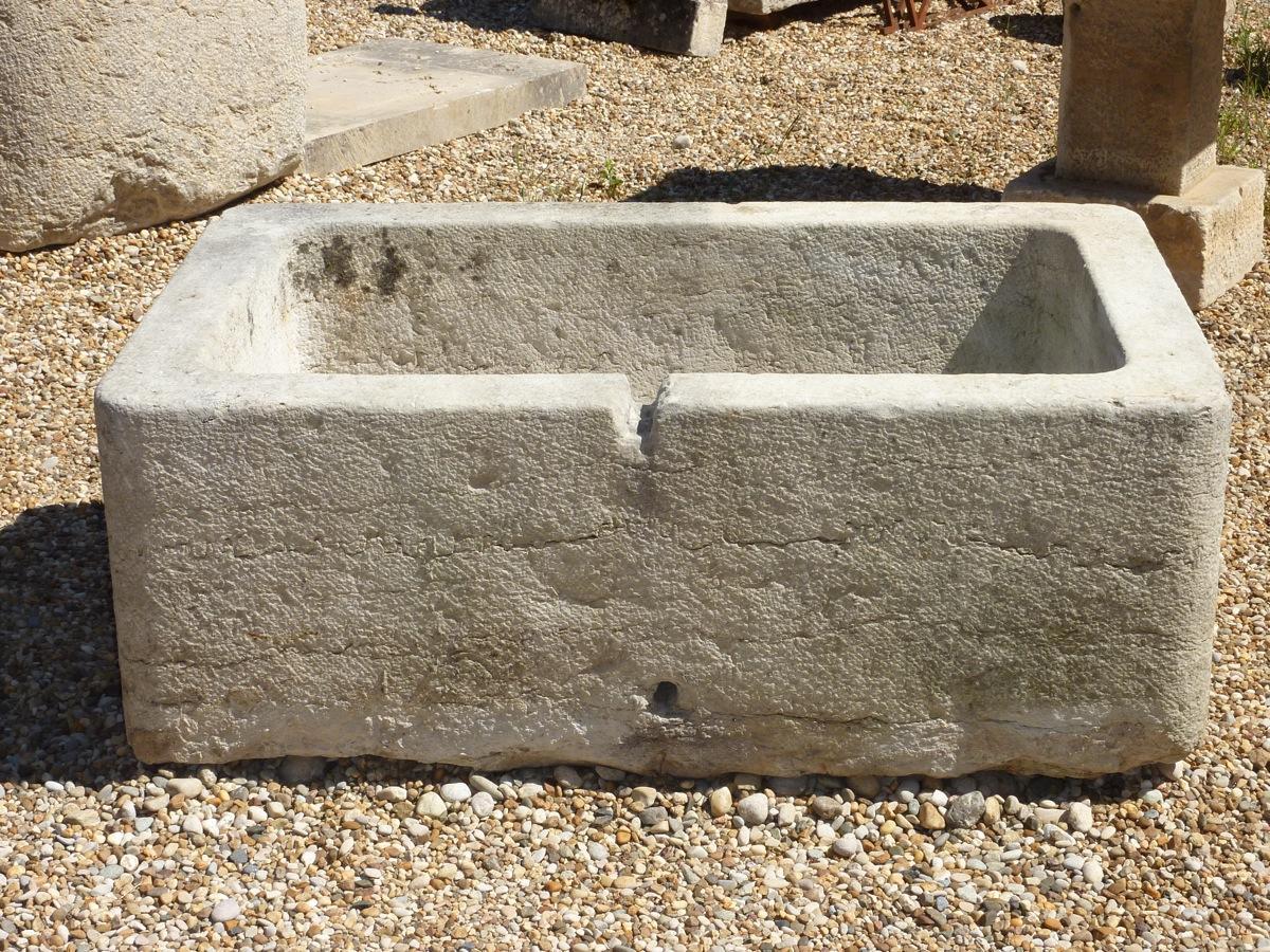 fontaine en pierre ancienne pierre louis xiv xixe s dj 588. Black Bedroom Furniture Sets. Home Design Ideas
