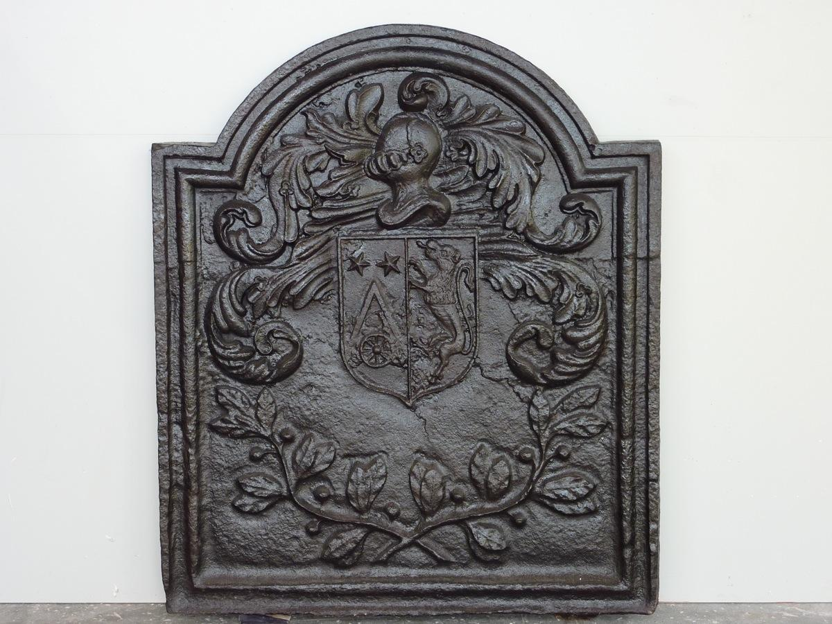 Antique fireback, Cast iron fire-back  - Cast iron - Louis XIV - XVIIthC.