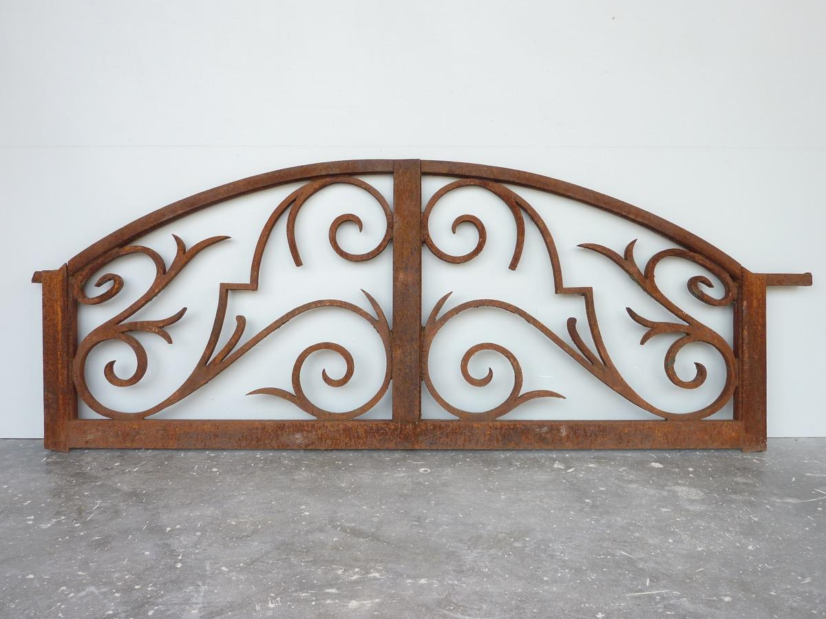 Antique gate pediment  - Wrought iron - Haussmannien - XIXth C.